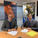 Paul Cezanne e Elísio Silva assinam a parceria na sede da FUCHS